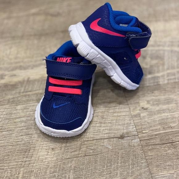 Nike Other - Infant Nike Trainers like new!